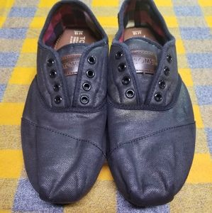 Mens Black Tom's Size 10